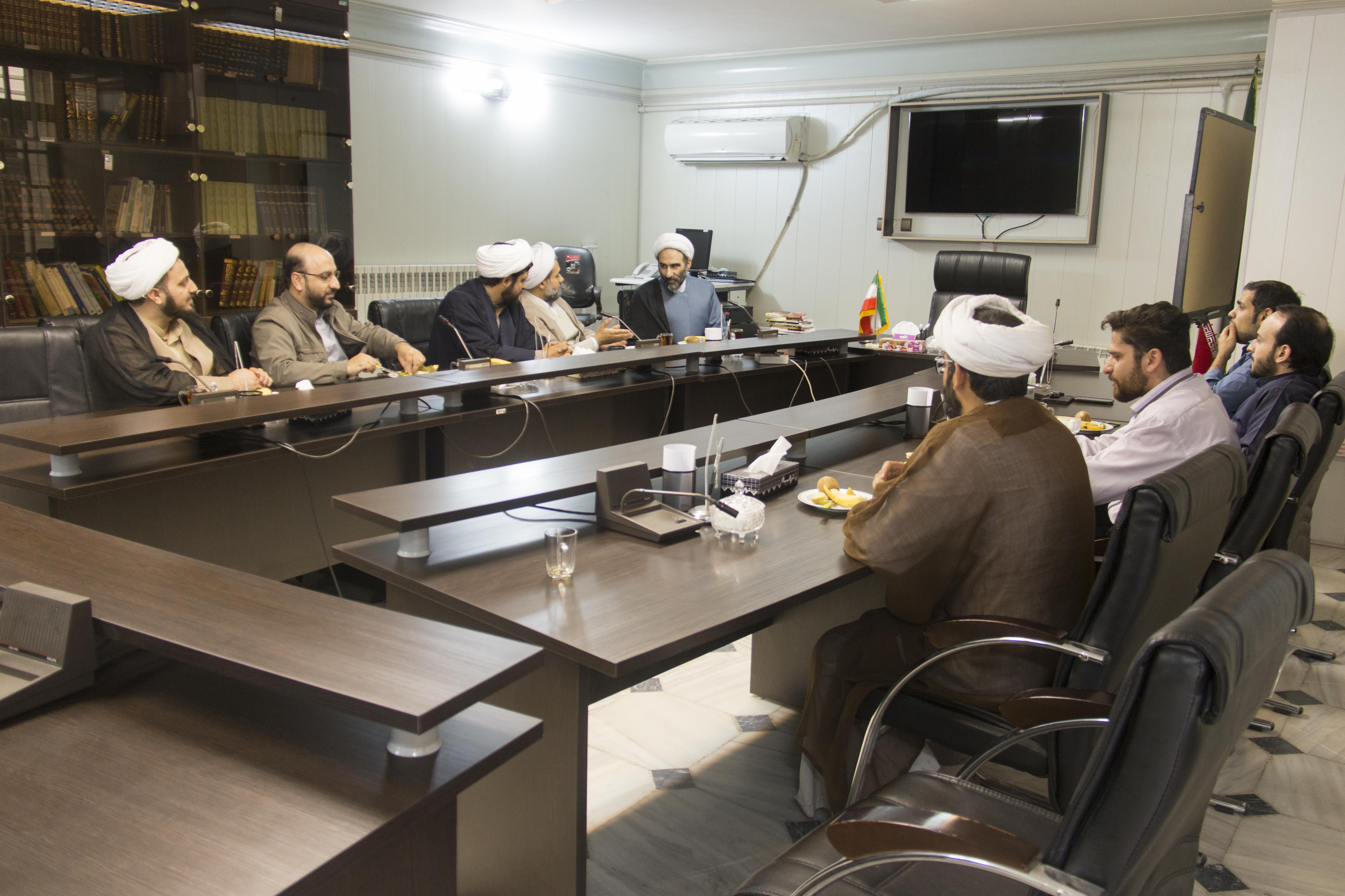 دیدار اعضاء موسسه بهداشت معنوی بارئیس مرکز تحقیقات اسلامی مجلس